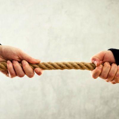 «Горячая десятка» приемов работы с негативной энергией партнера