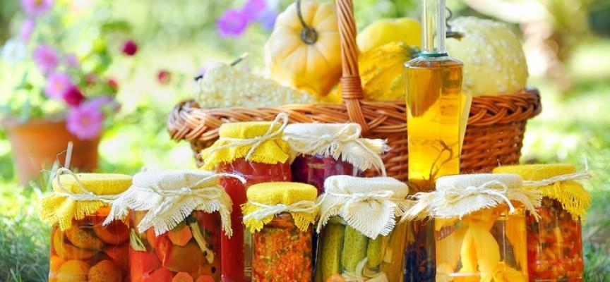 Приворотная еда: от солений до фруктов