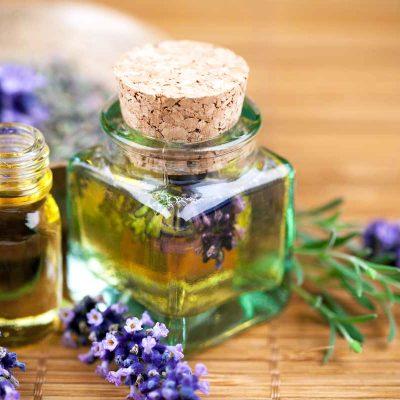 Домашняя аптечка с эфирными маслами