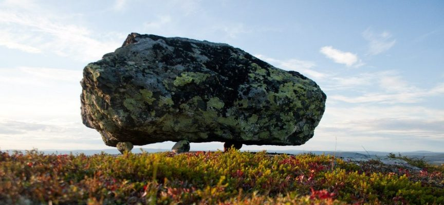 Летучие камни Лапландии