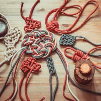 Подготовка к ритуалам узелковой магии